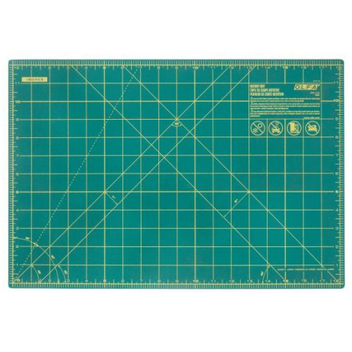 Green Olfa Cutting Mat with Inches Gridlines and Self-healing Qualities - The Best Cutter Mats and Cutting Tools in the World