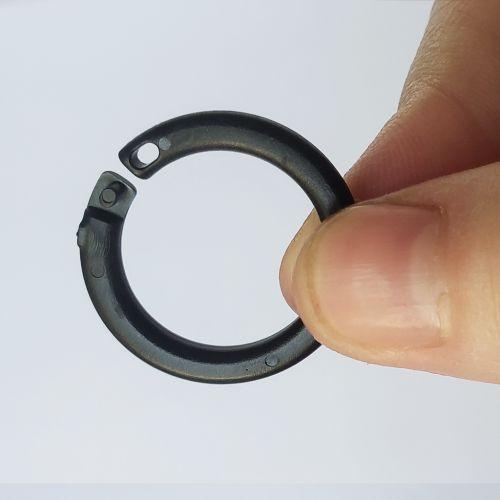 "11/16"" Black Plastic Snap Lock Binding Ring"